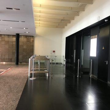 Регулярная комплексная уборка офисного помещения площадью 4300 кв.м., г. Москва, метро Сокол